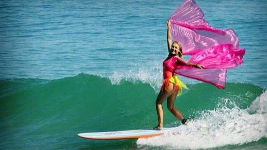 Surfdancer Surf School