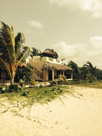 Hotel Maya Luna: Private Beach Villas