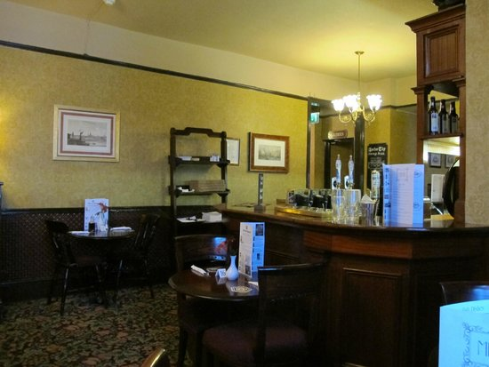 The Anchor Tap: Dining room upstairs
