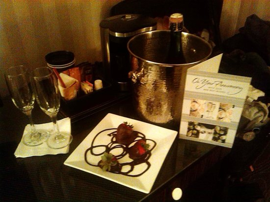 Omni Charlottesville : the surprise treat from the amazing staff!