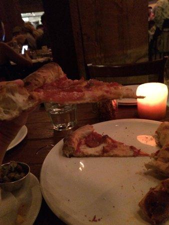 Stella Barra Pizzeria : Best pizza around !!!!! In the world !!!