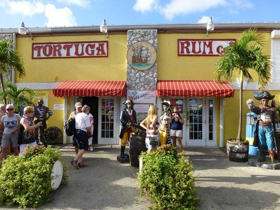 Tortuga Rum and Rum Cake Factory: Rum Factory