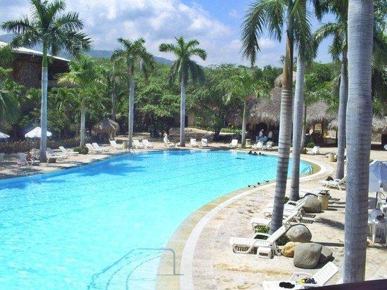 Irotama Resort: Piscina 2