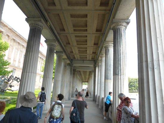 Museumsinsel: Covered Walkway