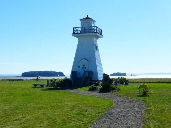Five Islands, Canada: 5 Islands Lighthouse Park