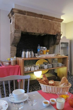 Hotel de la Porte Saint-Malo: breakfast
