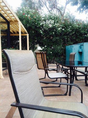BEST WESTERN PLUS Brookside Inn: Nice outdoor area to eat breakfast