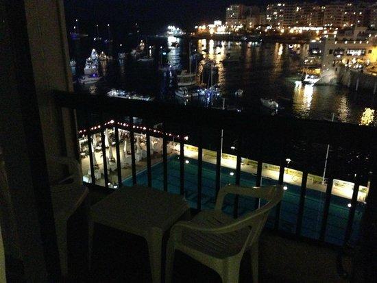St. Julian's Bay Hotel : Terraza habitación