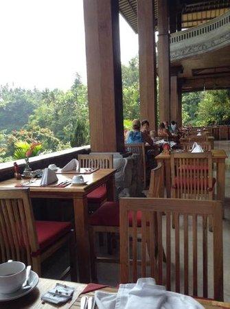 The Royal Pita Maha: breakfast