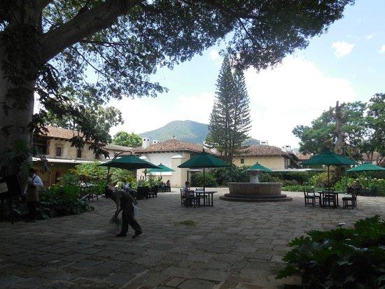 Hotel Museo Spa Casa Santo Domingo : Grounds