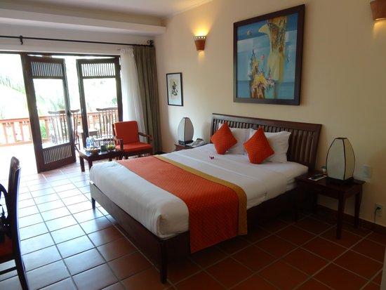 Palm Garden Beach Resort & Spa : Good Sized Room