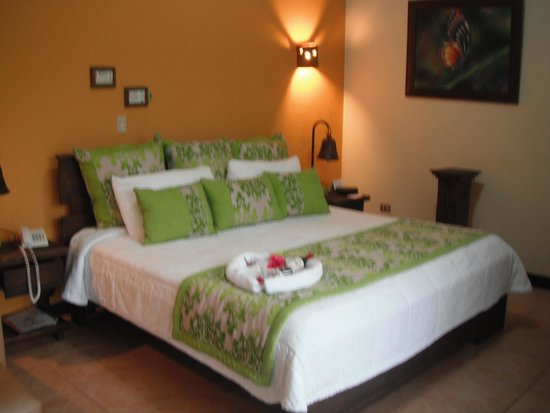 Arenal Springs Resort and Spa: bed