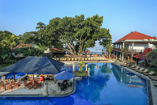 Puri Saron Seminyak: Main Swimming Pool