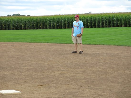 Field of Dreams Movie Site: Fielding Balls at 2nd Base
