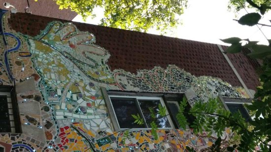 Philadelphia's Magic Gardens: The building around the corned from the Magic Garden.