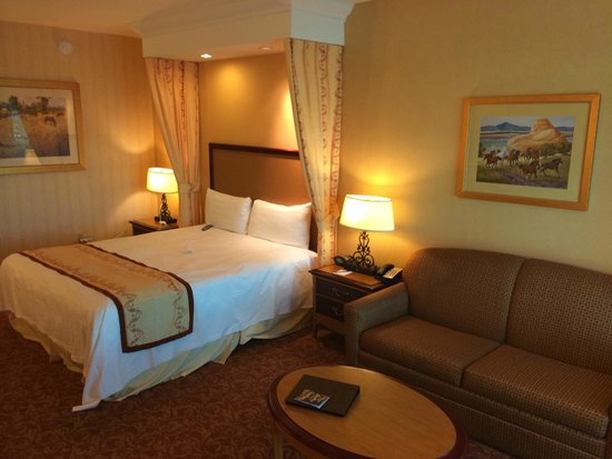 South Point Hotel, Casino and Spa : King room