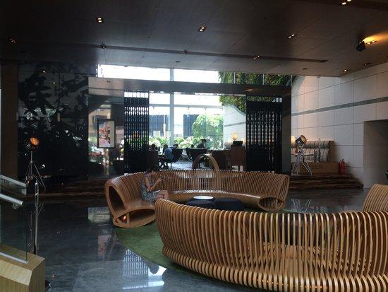 Hotel Icon Foyer : Le hall d entree photo de hotel icon hong kong