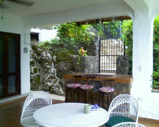 Villas Loma Linda : entrance from walk
