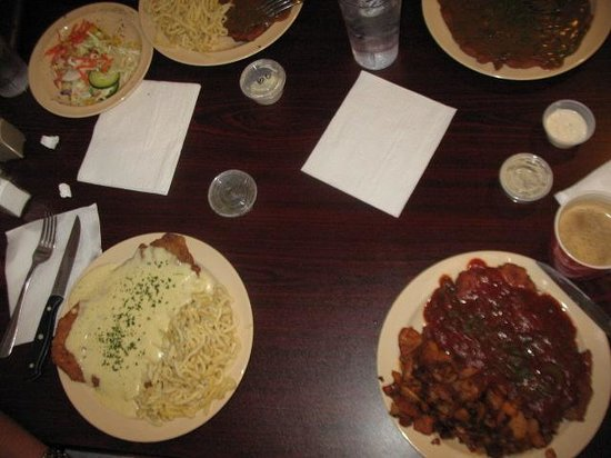 Simple presentations of food - Picture of German Diner, Lacey