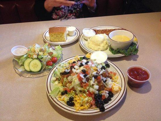 Idaho Joes: Pork steak, taco salad and corn bread - delicious!