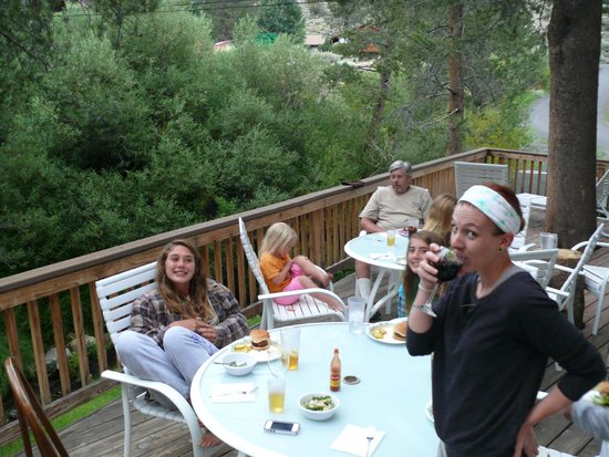 Reverse Creek Lodge: Dinner on the deck of cabin #10 - this is only half of the deck!