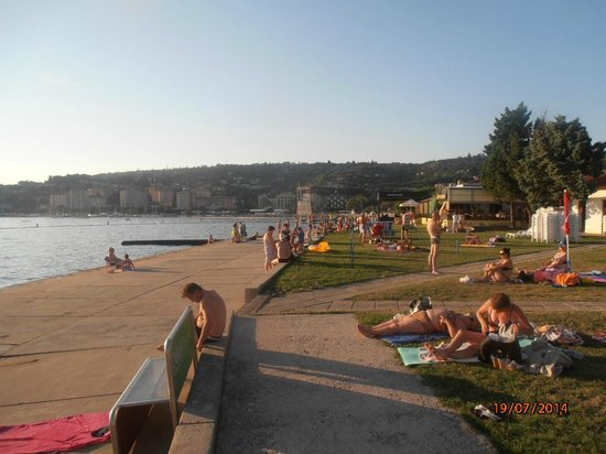 Apartments Lucija : The beach nearest to apartments