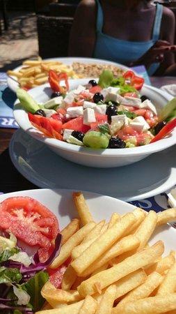 Kumsal restaurant : Heerlijk relaxed eten  aan het strand. Goed eten normale prijzen