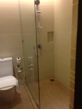 small bathroom-deluxe room