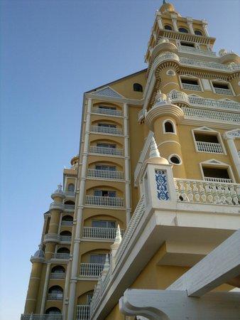 Royal Holiday Palace : где-то здесь мы жили.