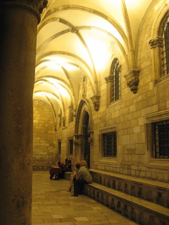 Rector's Palace : Front Colonnade