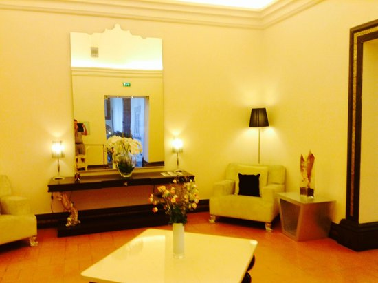 Palazzo Caracciolo Napoli MGallery by Sofitel: Inner view