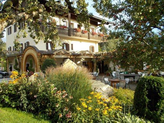 Hotel-Landhof Simeter: Terasse, Blick Richtung Speisesaal