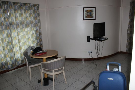 Arusha Crown Hotel : Wide Rooms