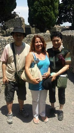 Dr.Shimizu and wife in Pompeii with Luisa on June 14th
