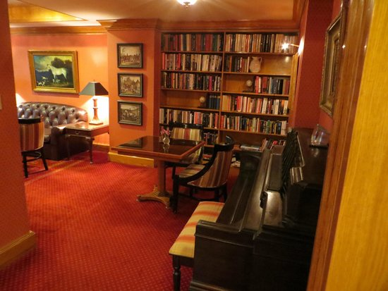 Hotel Elysee by Library Hotel Collection: Club room