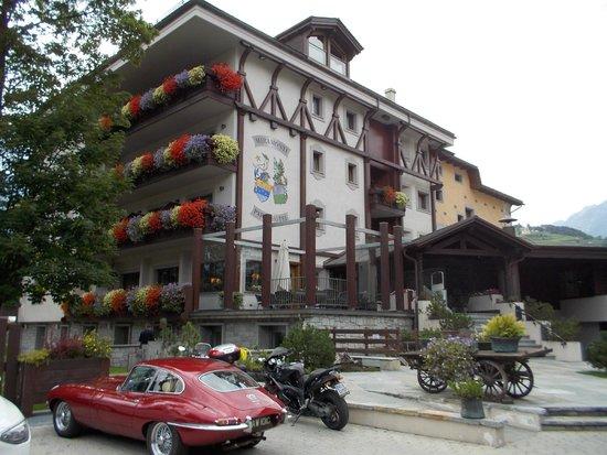Miramonti Park Hotel: Hotel mit originell bestztem Parkplatz