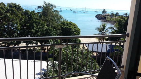 Airlie Beach Hotel: Airlie Beach from rm 315 balcony