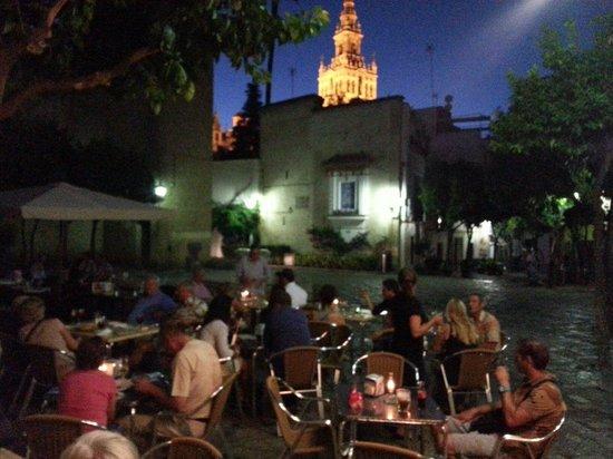 Cafe Alianza : Uitzicht vanaf terras