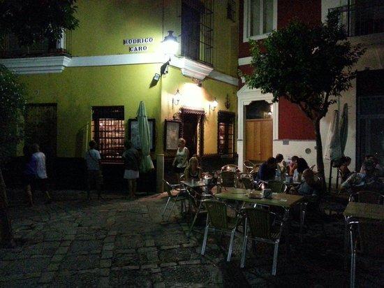Cafe Alianza : Een terras met sfeer