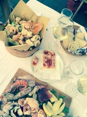 Mi.Ma. Beach 272: Pranzo: Frittura di pesce e Piatto misto freddo di pesce
