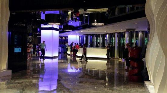 The Mira Hong Kong: Hall d'entrée.