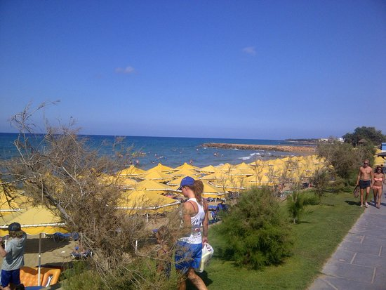 Mitsis Rinela Beach Resort & Spa : The beach is perfect
