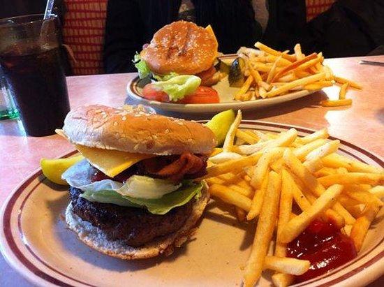 Tom's Restaurant : Brunch