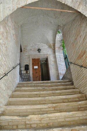 Vicolo Santa Chiara: Ingresso appartamenti