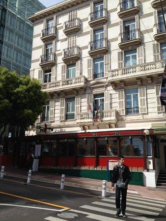 Hotel Ambassador Monaco: Hotelfrontansicht
