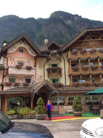 Hotel & Club Gran Chalet Soreghes : Un angolo di pearadiso