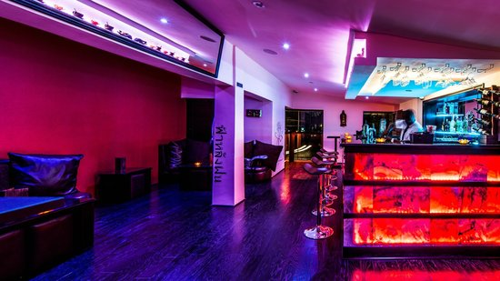 Lagos State, Nigeria: Lotus at Pattaya, Bar - Lounge