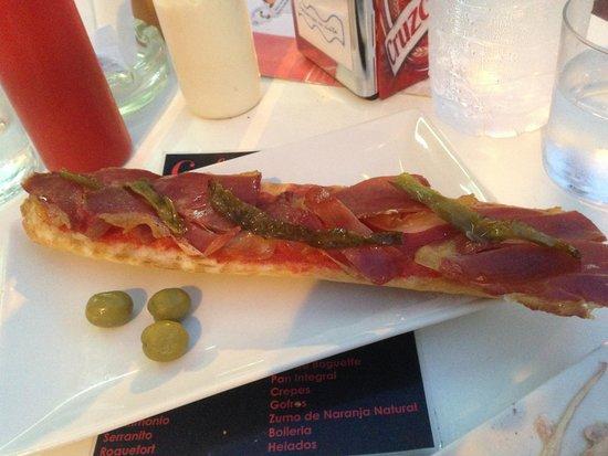 Cafeteria Helmar: serranito