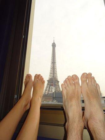 Mercure Paris Centre Eiffel Tower Hotel: Vue de la chambre