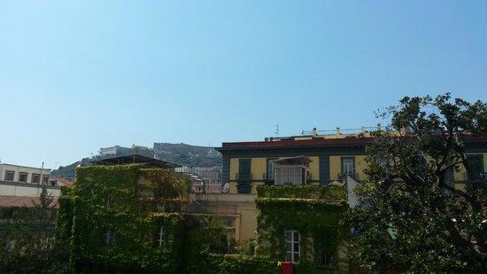 Hotel Piazza Bellini: Vista col bel tempo
